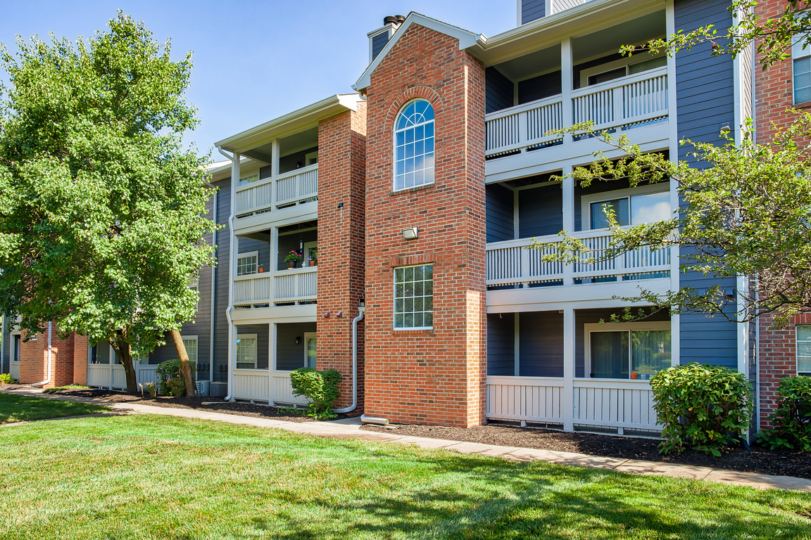 Apartments in Castleton, Indiana | Lakeshore | Welcome Home